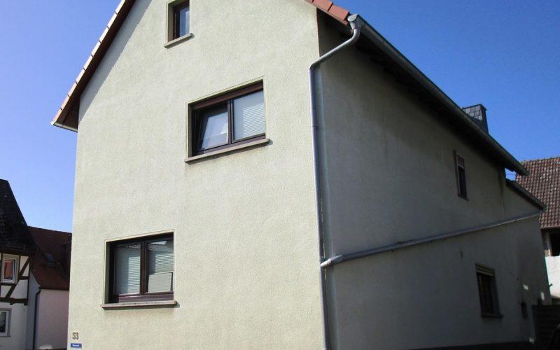 Wohnhaus seitlich